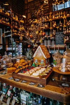 holiday travel guide, London travel guide, London, Christmas in London, what to . Cosy Christmas, Christmas Feeling, Christmas Time Is Here, Merry Little Christmas, Christmas Holidays, Christmas Decorations, Christmas In London, Winter In London, Christmas In England