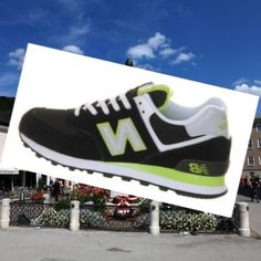 on sale b6f04 159d4 Black Neon, Neon Green, Popular Sneakers, Sorting, New Balance, Fashion  Shoes, Sneakers Fashion, Trainers, Modern