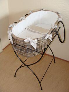 Bruine wieg zonder klamboe van Elisadesign