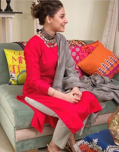 Don't let your peace go away. Ever in opte ❤️-Ghar kay kapray Kurti Neck Designs, Kurta Designs Women, Kurti Designs Party Wear, Stylish Dresses, Trendy Outfits, Fashion Outfits, Fashion Hub, Casual Dresses, Fashion Trends