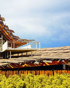 Land of Hope:China Pavilion - Exterior Roofing