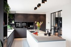 Contemporary Kitchen Design, Interior Design Kitchen, Kitchen Stickers, Kitchen Themes, Home Decor Styles, Home Renovation, New Kitchen, House Design, Decoration