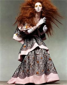 chic therapy Lily Cole/Vogue Italia/ph.Steven Meisel