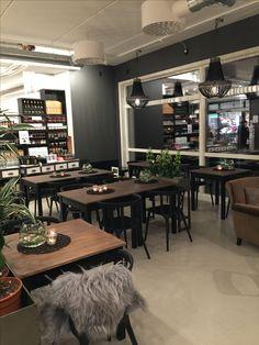 Fra kafeen vår Table, Furniture, Home Decor, Decoration Home, Room Decor, Tables, Home Furnishings, Home Interior Design, Desk