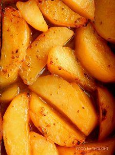 Food for thought: Ρολό κιμά με μπέικον στο φούρνο Greek Recipes, Sweet Potato, Carrots, Bacon, Potatoes, Cyprus, Vegetables, Cooking, Food
