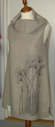 love the print and the collar Pellava tunika / linen tunic http://www.quiltingparadise.net/