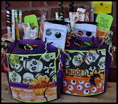 Mummy wrapped candy bars and gift baskets (Halloween)
