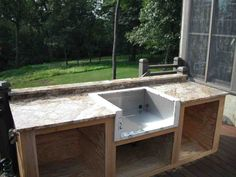 This Outdoor Kitchen With Beautiful Countertops Would Be A Classy Outdoor Kitchen Countertops Review