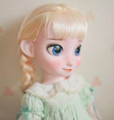 Disney Animator's Collection (depuis - Page 25 Cute Disney, Disney Dream, Disney Art, Disney Animator Doll, Disney Dolls, New Dolls, Ooak Dolls, Disney Frozen Elsa, Disney Princess