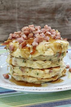 Ham and Swiss Griddle Cakes-brunch What's For Breakfast, Breakfast Pancakes, Pancakes And Waffles, Breakfast Dishes, Breakfast Recipes, Oreo Pancakes, Yummy Waffles, Oatmeal Pancakes, Flan