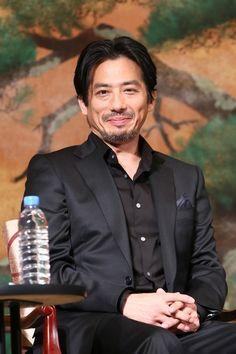 Hiroyuki Sanada Photos - 'The Wolverine' Press Conference in Tokyo - Zimbio
