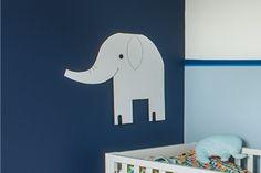 Un éléphant, ça trompe énormément. Oui. Mais ici, vous aurez justement la marche à suivre pour ne pas vous tromper. Et réaliser le plus joli des éléphants pour décorer la chambre ou la salle de jeu de votre bout de chou.