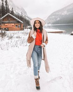 Snow Outfits For Women, Winter Outfits For Teen Girls, Winter Mode Outfits, Cold Weather Outfits, Casual Winter Outfits, Winter Fashion Outfits, Autumn Winter Fashion, Winter Snow Outfits, Snow Day Outfit
