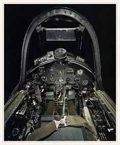 Vought F4U Corsair cockpit -- layout and visibility