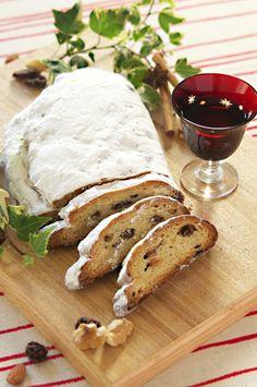 Stollen Camembert Cheese, Christmas, Xmas, Navidad, Noel, Natal, Kerst