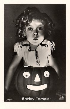Shirley Temple Halloween.  I am just in love with anything Shirley Temple.  Such an innocent time.