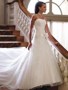 ♥ Märchenhaftes Brautkleid in weiß ♥  Ansehen: http://www.brautboerse.de/brautkleid-verkaufen/maerchenhaftes-brautkleid-in-weiss/   #Brautkleider #Hochzeit #Wedding