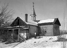 (01) ghost lilies | pogphotoarchives: Bishop's Chapel, near Santa Fe,...