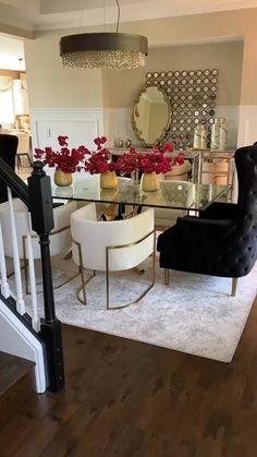 Living Room Decor Inspiration, Decor Home Living Room, Elegant Living Room, Living Room Furniture, Furniture Decor, Home Room Design, Dining Room Design, Home Interior Design, Interior Decorating