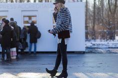 Pin for Later: So trotzen die Fashionistas dem Schnee bei der Berlin Fashion Week Street Style Berlin Fashion Week Januar 2016