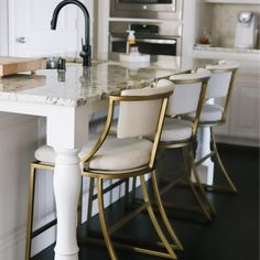 Mix and mingle with friends on a bar stool or coutner stool for any occasion! Find bar stools, kitchen stools, counter stools, bar chairs and bar furniture at Ballard Designs. Island Stools, Stools For Kitchen Island, Counter Stools, Bar Stools, Kitchen Counters, Bar Counter, Bar Chairs, New Kitchen, Kitchen Decor