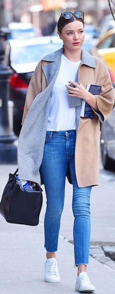 Miranda Kerr's wearing Sunglasses – Ray Ban  Purse – Celine  Jeans – Mother  Shoes – Kenneth Cole