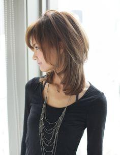 大人可愛い小顔セミロングヘア(YR-358) | ヘアカタログ・髪型・ヘアスタイル|AFLOAT(アフロート)表参道・銀座・名古屋の美容室・美容院 Haircuts For Medium Hair, Bangs With Medium Hair, Medium Long Hair, Medium Hair Cuts, Short Hair Cuts, Medium Hair Styles, Short Hair Styles, Lob Styling, Hair Arrange