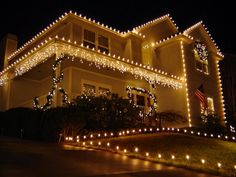 Tips tricks and design ideas for outdoor christmas lights 40 stunning outdoor christmas lights decorations mozeypictures Gallery