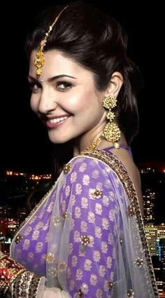 checkout anushka sharma in netted saree with work and banarasi long sleeves designer blouse Bollywood Photos, Bollywood Stars, Bollywood Fashion, Indian Celebrities, Bollywood Celebrities, Bollywood Actress, Beautiful Indian Actress, Beautiful Actresses, Anushka Sharma Images