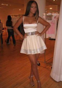 Love Rihanna's Dress !