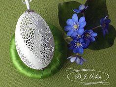 ażurowa - BJGoleń egg carved in Poland easter wielkanoc Poniatowa gęsie pisanki haft Richelieu ażurowe jajka skorupki eggshell na skorupce jajka gęsiego -