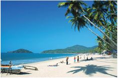 Goa is the most visited place in India. It attracts more visitors than another tourist destination in India. Goa has beeches, temples and amazing churches. Goa India, India Tour, South India, Tourist Places, Places To Travel, Places To See, Travel Destinations, Travel Tourism, Holiday Destinations