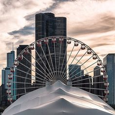 Navy Pier Ferris Wheel, Lake Point Tower - New larger Ferris Wheel coming in 2016 Building Photography, Chicago Photography, City Photography, Moon Hotel, Chicago Pictures, Places In America, My Kind Of Town, Water Tower, Chicago Illinois