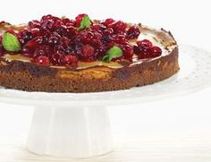 Pumpkin Cheesecake with Candied Cranberries