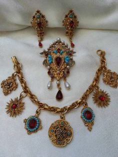Coro Pegasus India Style Faux Turquoise Pearl Ruby Red Jewels Charm Parure Set | eBay