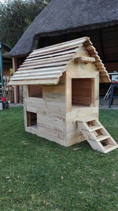 Palet dog house