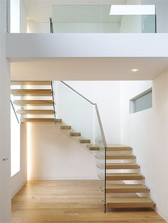 cantilevered or floating wooden staircase