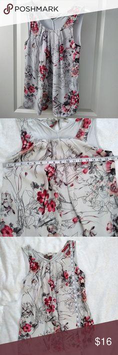 Elle Sleeveless Gray Red Flowy Top Elle Sleeveless Gray Red Flowy Top Back Tie Sheer Over Lay  Floral Print Elle Tops