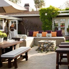 Use these brilliant patio landscaping ideas to DIY an outdoor oasis in your yard. Even if your outdoor space is small, you'll get inspired by these ways to enhance your landscape with a patio or porch. Backyard Seating, Backyard Patio Designs, Backyard Landscaping, Landscaping Ideas, Outdoor Seating, Patio Ideas, Patio Bench, Table Bench, Chair Bench