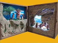 Dentro de una caja 3. Caja de madera de 23x23x12 Con luz Led y figuras de 4 cm. Colección 2016