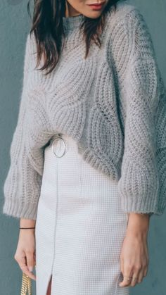 Knitting sweaters outfit cropped 36 new Ideas Knitwear Fashion, Knit Fashion, Sweater Knitting Patterns, Knitting Designs, Knitting Sweaters, Women's Sweaters, Girly Outfits, Cute Casual Outfits, Formal Outfits