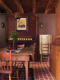 Folk Art in a Reproduction Saltbox - Old-House Online - Old-House Online. Love the flooring and ceiling