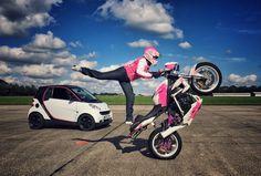 Mai-Lin Senf ist Deutschland einzige professionelle Motorrad Stuntfrau.