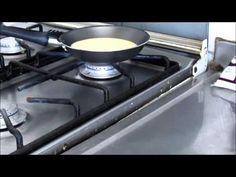 Pão de Queijo de Frigideira / Crepioca - Como Fazer - YouTube