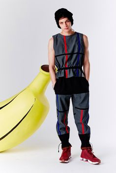 London based menswear designer Bobby Abley unveiled his fall/winter 2015 collection during Mercedes-Benz New York Fashion Week Unisex Fashion, Urban Fashion, Mens Fashion, Bobby Abley, Fall Winter 2015, Fall Out Boy, Fashion Forward, Menswear, Street Style