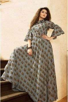 for this Tailer fit designer wear Indian Gowns, Pakistani Dresses, Indian Outfits, Kurti Designs Party Wear, Kurta Designs, Blouse Designs, Mode Hijab, Indian Designer Wear, Dress Patterns