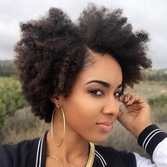 Side-Parted Hairstyle For Natural Hair