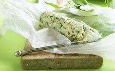 Ramsløgssmør Lækkert smør krydret med ramsløg, citron og peanuts.