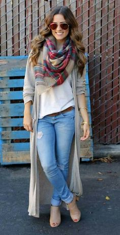 830ed304a Light Jeans with White T and Long Beige Cardigan with Colorful Scarf- love  her hair & sunglasses