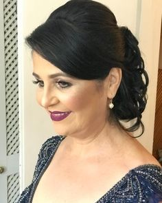 Inspirem-se!❤️ #PenteadosSoniaLopes ✨ . . . #sonialopes #cabelo #penteado #noiva #noivas #casamento #hair #hairstyle #weddinghair #wedding #inspiration #instabeauty #penteados #novia #inspiração #cabeleireiros #lovehair #videohair #curl #curls #noivasdobrasil #vireinoiva #noivassp #noivas2017 #noivas2018 #cabelos #cursosdepenteados